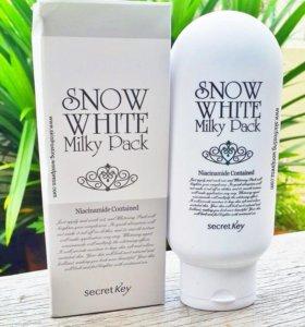 Маска для лица и тела осветляющая Snow White Milky