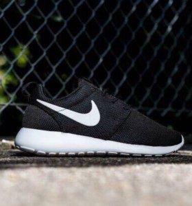 Nike Roshe Run Кроссовки