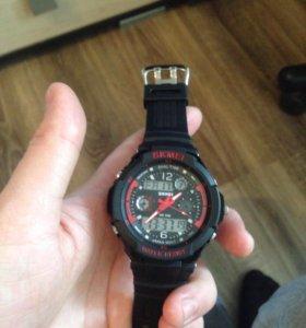 Брендовые оригинальные часы SKMEI