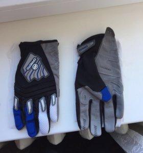 Перчатки CFMOTO