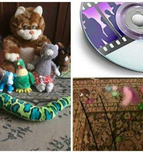 Продам игрушки, диски