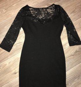 Платье bershka с гипюровыми вставками мало б/у