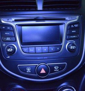 Штатная автомагнитола для Hyundai Solaris