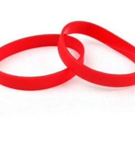 Стильные силиконовые браслеты