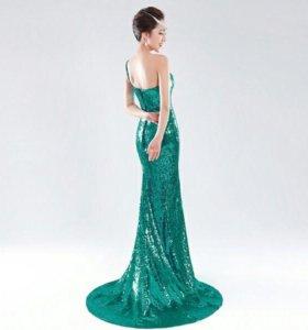Продаётся платье