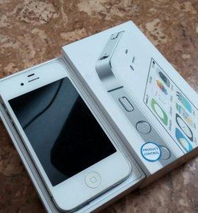 Iphone 4s 8 гиг белый отличное состояние !