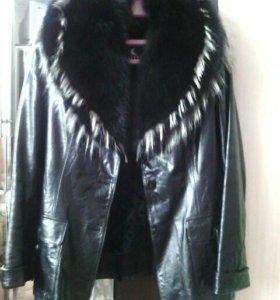 Куртка, на размер 44-46.