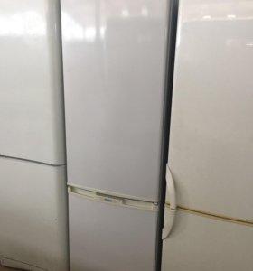 Холодильник Бирюса 228