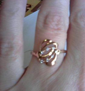 Кольца серебро с позолотой раз 17,5 и 18,5