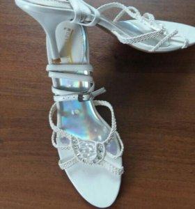 Туфли женский (новые).