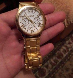 Женские часы, позолоченные