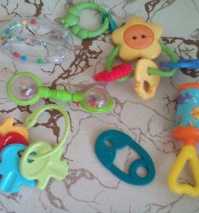 Игрушки,прорезыватели и погремушки