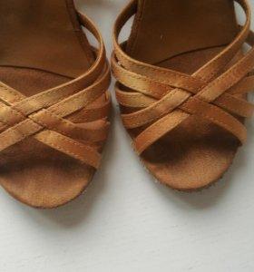 Туфли для танцев детские