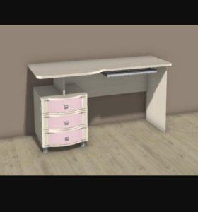 Письменный стол и антресоль