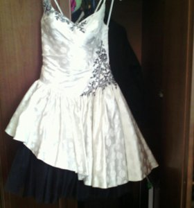 Платье вечернее,на выпускной