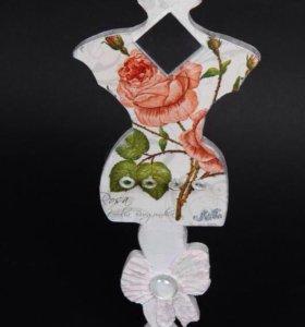 подставка под украшения Роза