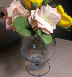 """Цветочная композиция """"Гортензии и розы"""""""