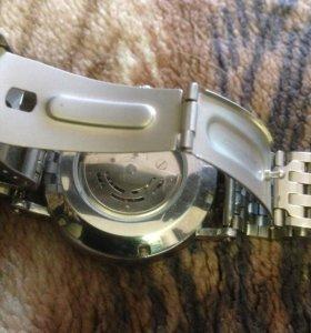 Часы механика  с автоподзаводом   браслет сталь