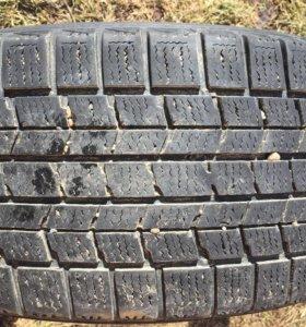 Зимняя резина Dunlop 215x50 17