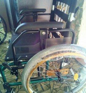 Коляска инвалидная,прогулочная