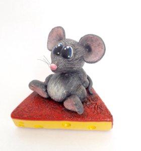 Фигурка Мышь