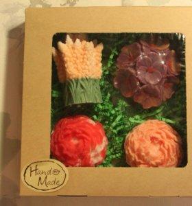 Подарок ручной работы.Набор из 4 натуральных мылок