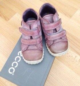 Демисезонные ботинки Ecco р 22