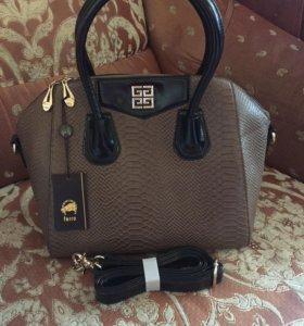 Новая сумка GIVENCHY👜