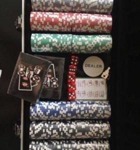 Набор для покера Royal flush 300 фишек. новый