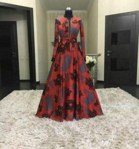 Шелковые платья весна