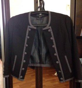 Пиджак новый 42