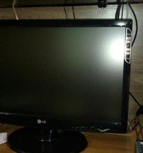 LED Монитор LG V2243S