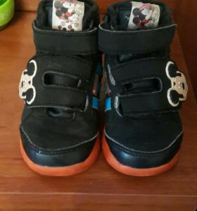 Ботиночки Адидас