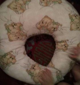 Подушка для кормления грудничка но и старше
