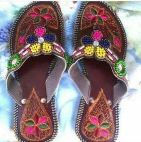 Индийская натуральная обувь