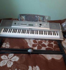 синтезатор yamaha с подставкой
