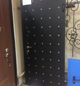 Дверь металлическая б/у