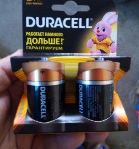 Батарейки дюрасел LR 20 Basik .