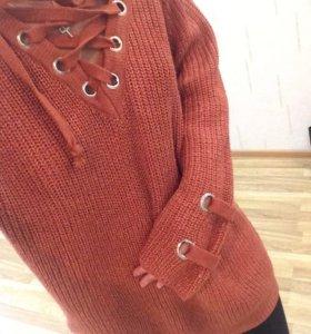 Кофта-свитер безразмерный на Шнуровке