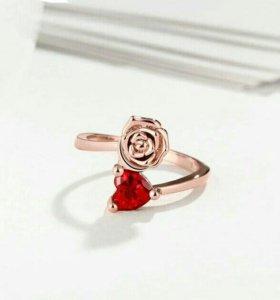 Кольцо новое с напылением розового золота