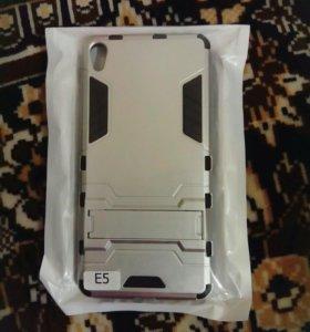 Противоударный чехол на Sony Xperia E5. Новый.