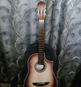 Гитара новая с чехлом