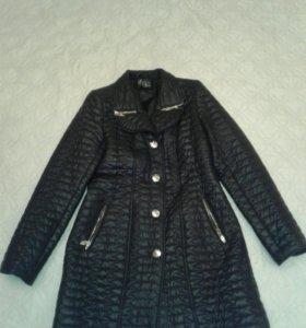 Пальто - куртка  стеганое