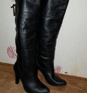 Зимние ботфорты из натуральной кожы!!! 37 размер!