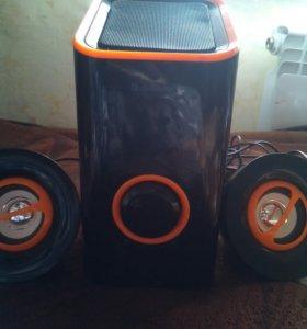 Компактная акустическая система