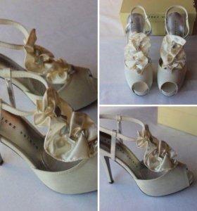 Новые туфли/босоножки Martinez Valero 37.5