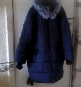 Куртка на синтипоне ,воротник стойка с чернобуркой
