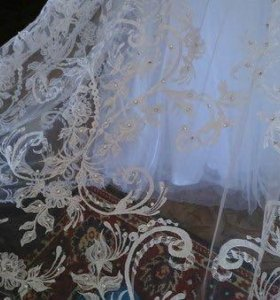 Свадебное белоснежное платье