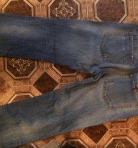 Стильные джинсв