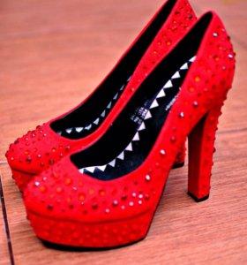 Красные туфли (Наталья водянова)